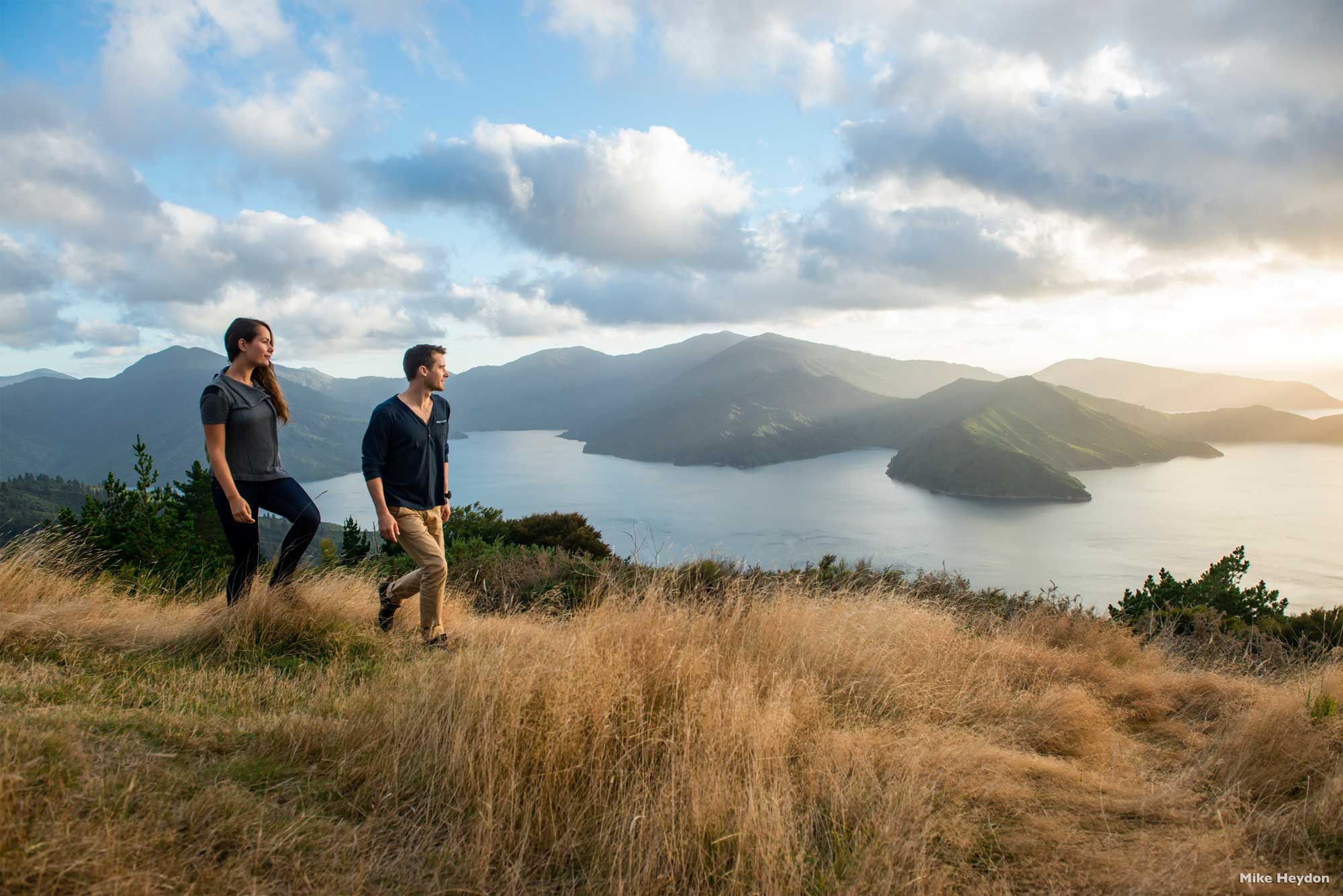 Queen-Charlotte-Track--Marlborough-Sounds_Web.jpg